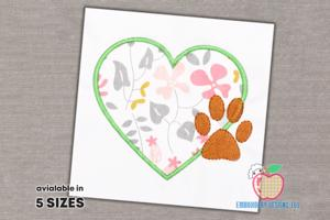 Design Of Heart With The Paw Footprint Applique