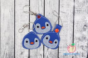 Little Cute Penguin Face ITH Snaptab Keyfob Design